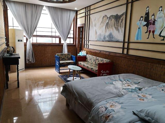 【小俊家】独立单间大床房4-2