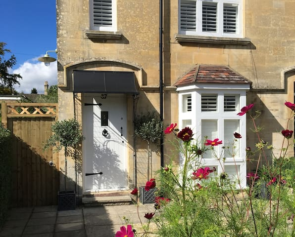 Brook Cottage - Pretty Cotswold cottage,Winchcombe - Winchcombe - Hus