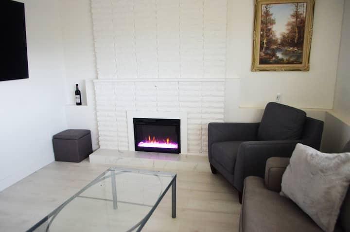 Clean - Comfy - Convenient new pet friendly suite
