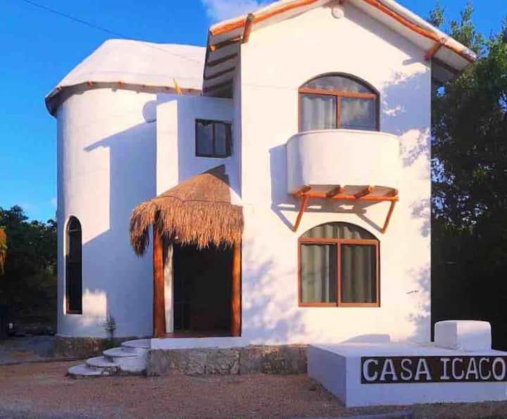Casa Icaco