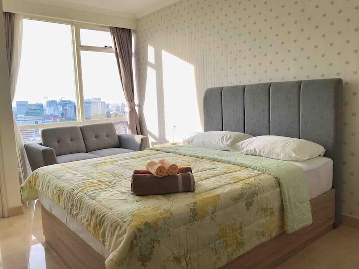 Menteng Park studio apartment