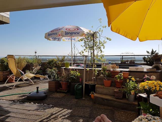 Panorama Blick auf die Kölner Bucht...
