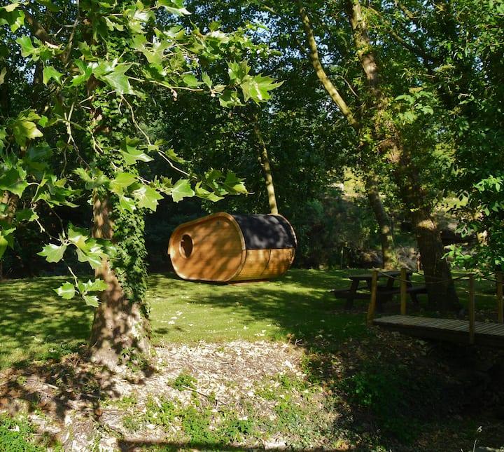 """Cabane atypique """"Le Hobby""""  nature et au  calme"""