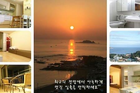 #로맨틱#바다#여행#가족#연인#포켓몬^^ - Goseong-gun - Apartment