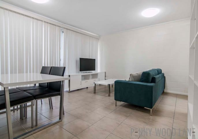 (2) CBD + WIFI + GARAGE - Mackay - Apartment