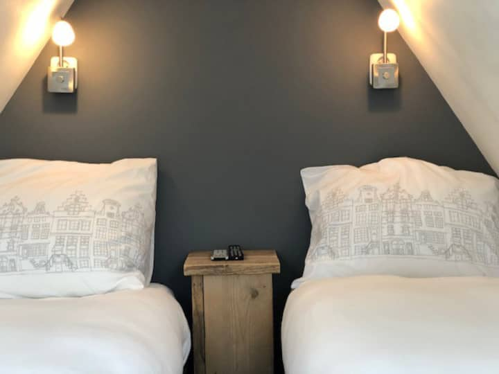 City Boutique B&B-Queen Elizabeth