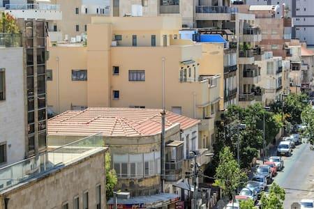1  minute walk to beach - Tel Aviv-Yafo - Appartement