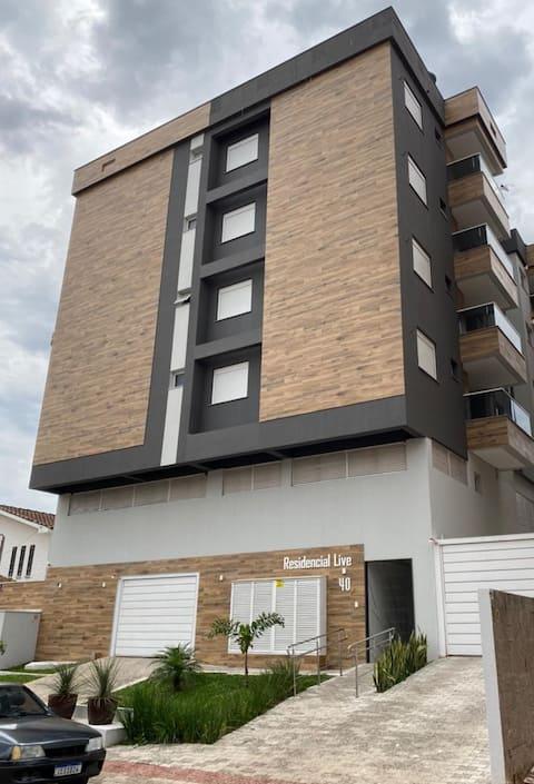 Apartamento ao lado da UFSM - Aconchegante e calmo