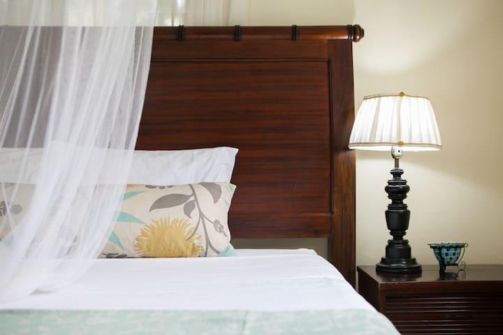 Casa da Buena Superior Suite | 4 mins to town/NCU