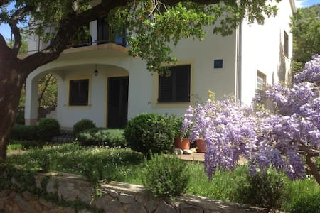 Adriatic coast - private house - Sveti Juraj