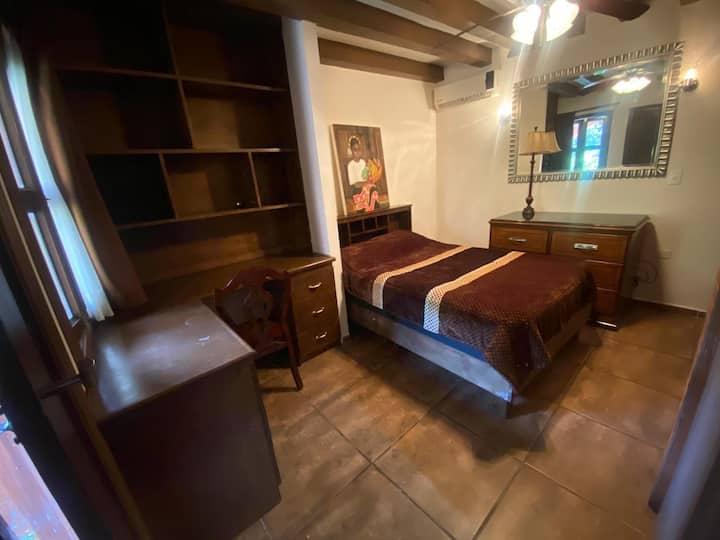 Loft amueblado y equipado + servicios (Room #1)