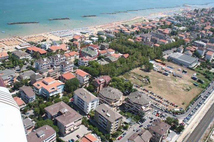 """Appartmento sul lungomare """"Orange"""" - Francavilla al Mare - Flat"""