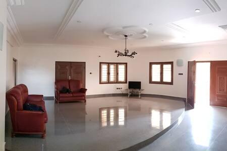 Villa d'exception à 5min de la lagune à Calavi