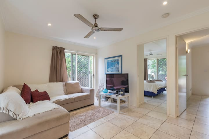 Noosa Suite 200m to beach 2 bedroom self contained