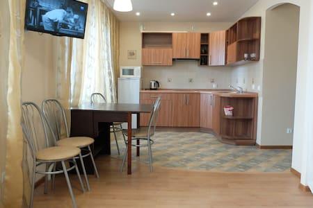 Новая уютная квартира - 沃洛格達(Vologda)
