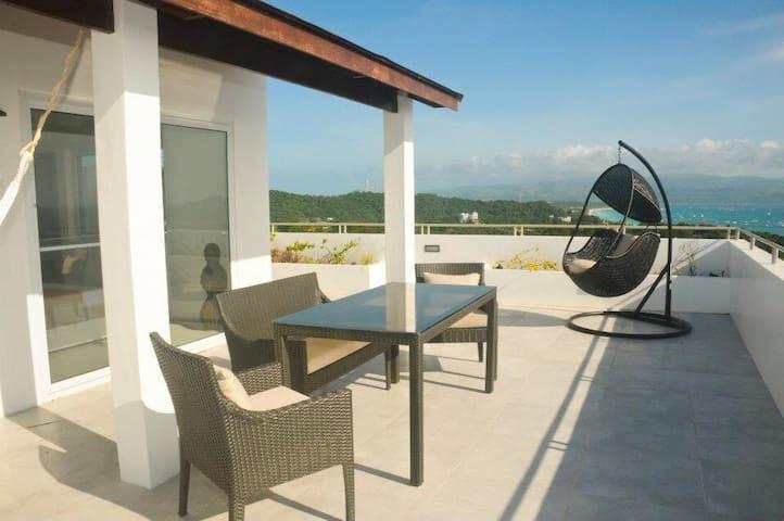 Studio penthouse, sunset terrace