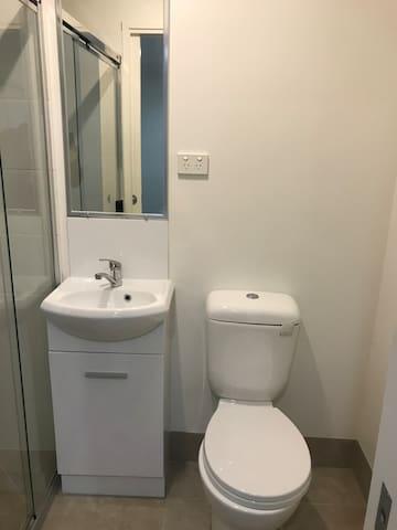 Room+bathroom