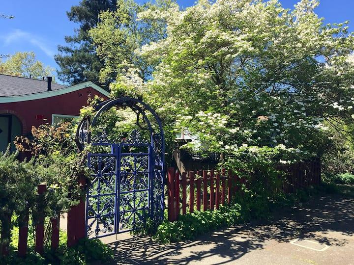 Westside Garden Cottage