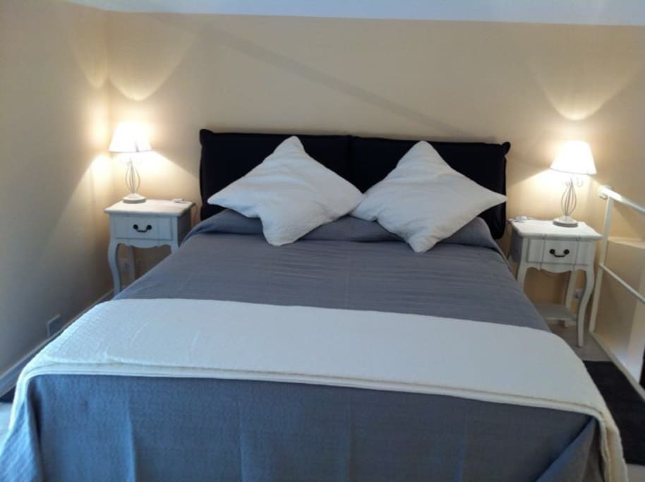 details of double bed