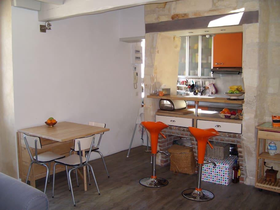 Salle à manger + cuisine ouverte 1er étage