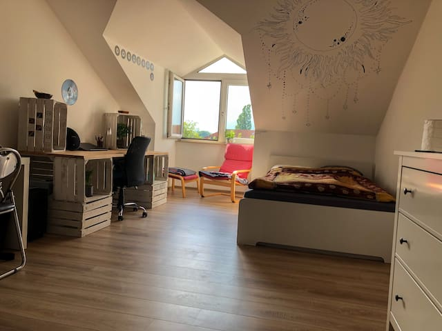 Cozy Apartment near BVB, Westfalenhallen, City