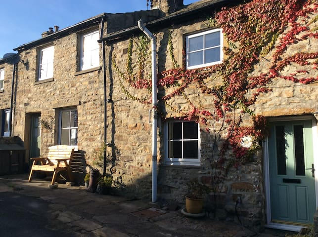 Christmas Cottage, Gunnerside, Yorkshire Dales