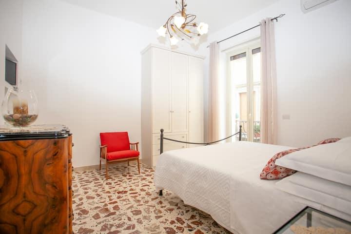 Casa Rosa, Taormina centro