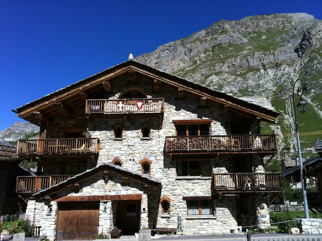 N°2=Appart.****luxe 4/5 pers. 64m²  - Val-d'Isère - Huoneisto