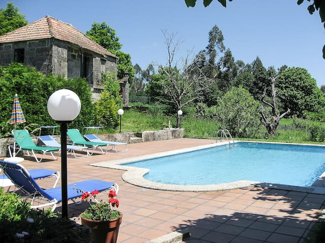 Big house 9 PAX swimming pool - Anceu - Casa