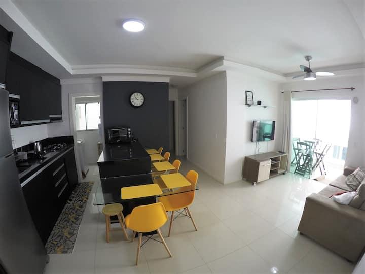 Apartamento 80 metros da praia 2 quartos cod094