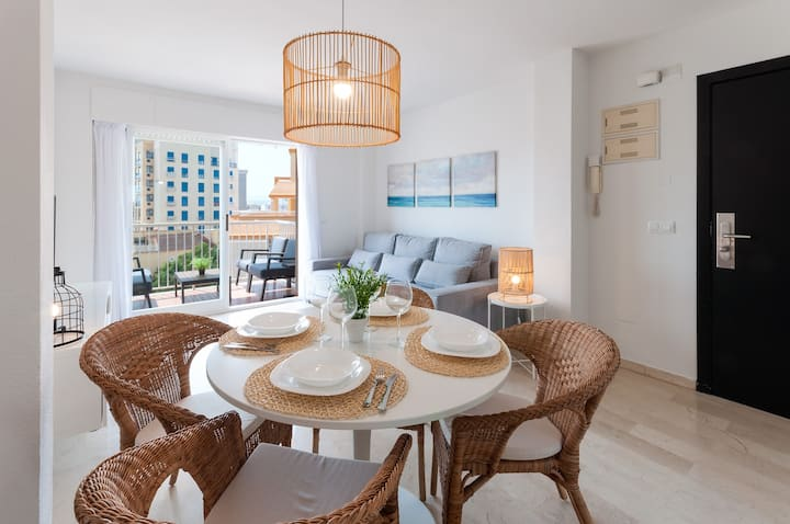 Cozy with mediterranean style, a few meters from the beach.