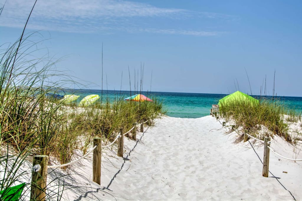 Just Steps to the Sugar Sand Beaches of the Gulf of Mexico!