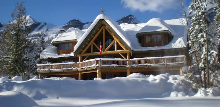 Best place to stay at Kicking Horse Resort