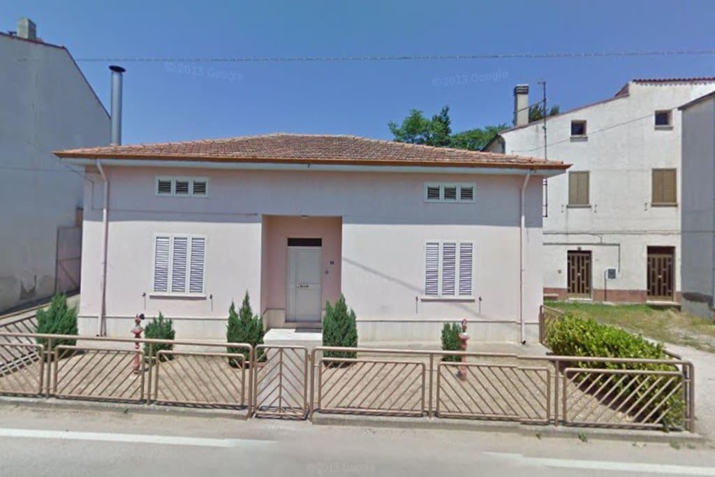 casa indipendente con garage guastameroli