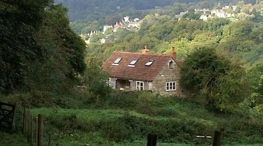 Enchanting rural retreat