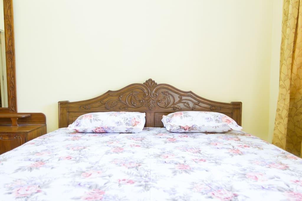 Bbedroom 1 queen size bed