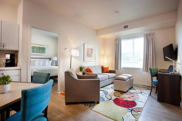 WaterWalk Serviced Apartment Extended Stay