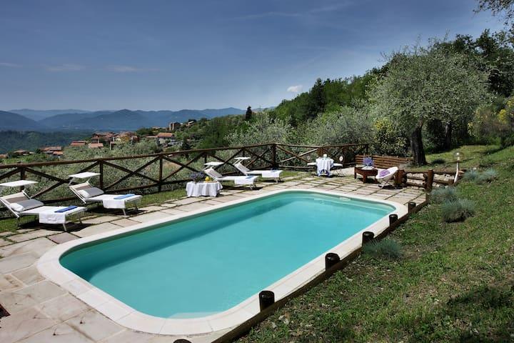 Villa Belli Luxury House in Lunigiana, Tuscany, IT