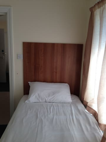 Single Ensuite - High Wycombe - Apartment