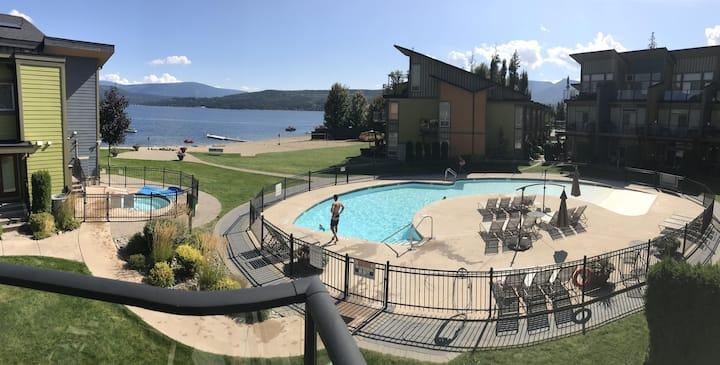 4 Seasons at Shuswap - Shuswap Vacations and Sledding Accommodation