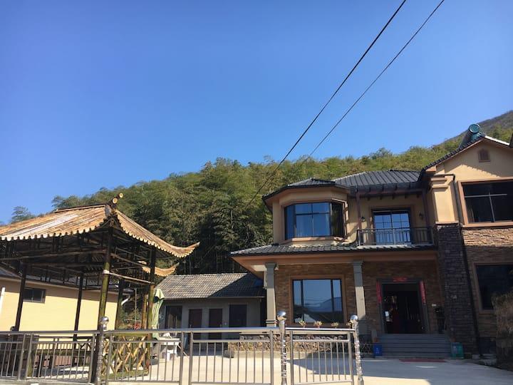 【居有竹】位于余杭大山里的独栋小别墅。安静舒适的天然氧吧