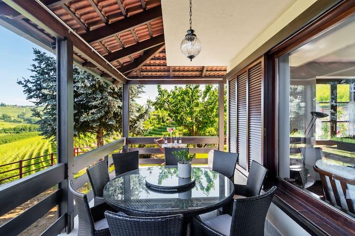 Grande casa con vista panoramica | Villa Edy