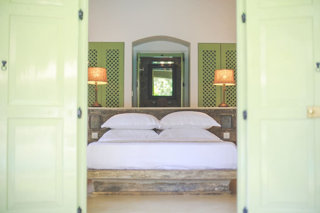MR .T VILLA Honeymoon suite (double bed) tariff for two guests on a bed-and –breakfast basis.