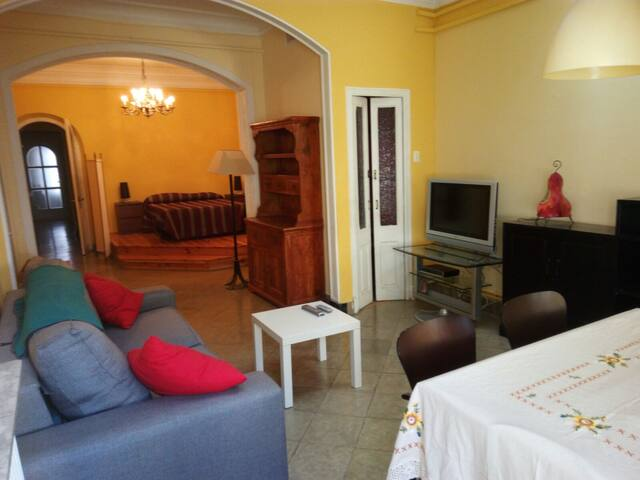 Loft espacioso a 35' de Barcelona. - Sabadell - Huis