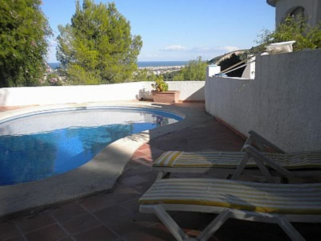 Sea view villa with Hot tub & pool - La Font d'en Carròs - Huvila