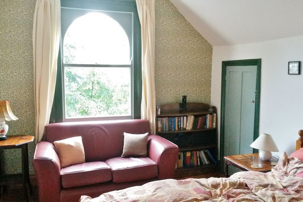 Your double room - Lovely light room at the top of the house