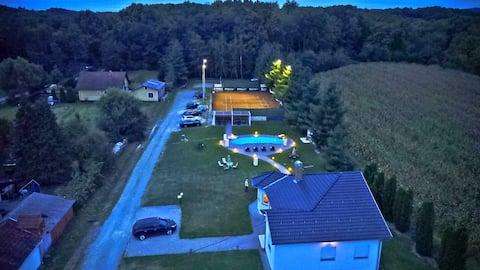 Sport's Resort ****