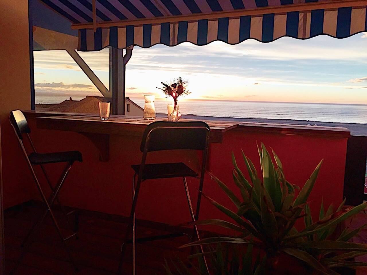 Coucher de soleil vue de terrasse