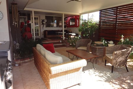 Private Apartment, close to Airport - Kewdale - Bed & Breakfast