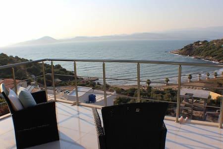 mediterranean beach house - ボドルム
